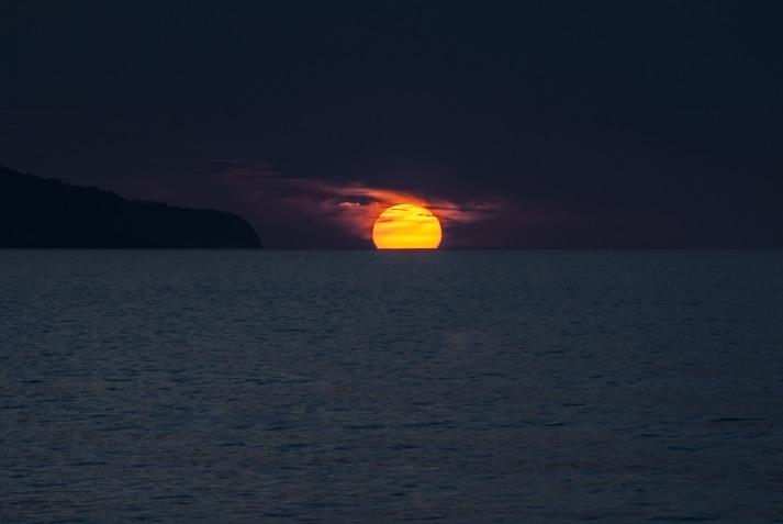 sunset-1651878_1920